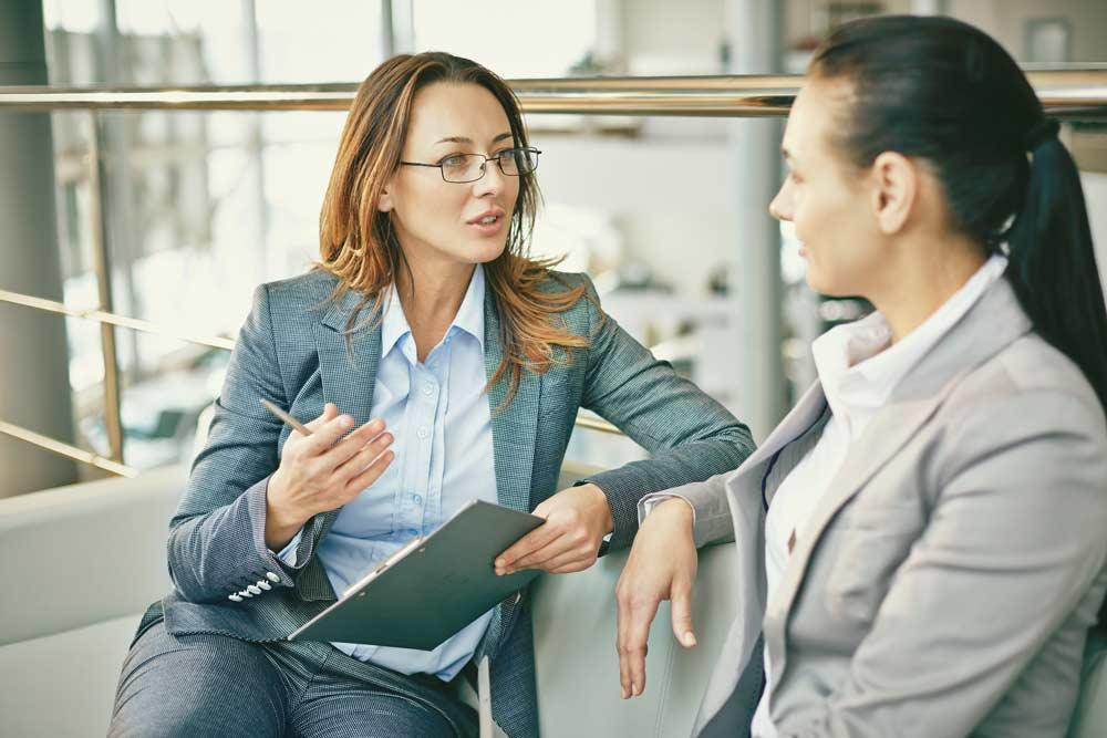 Mitarbeitergespräche erfolgreich führen – Praxisleitfaden